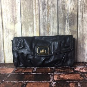 Fossil 54 Black Leather Clutch